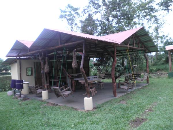 Hotel Pictures: Cabinas Vista Miravalles, Bijagua