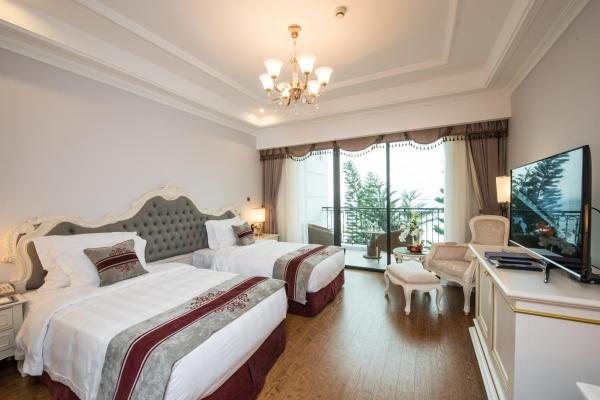 Deluxe Double or Twin Room - Full Board