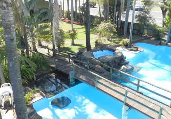 Фотографии отеля: Tropical Gardens Motor Inn, Bundaberg