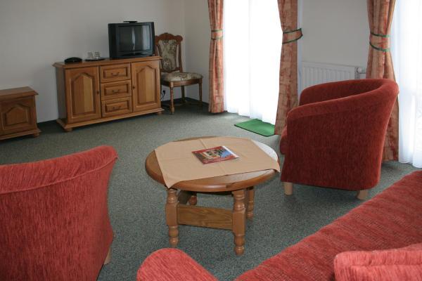 Suite with Balcony - 2nd Floor
