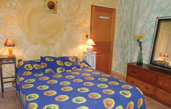 Hotel Pictures: Chambre d'hôte Autheze, Grillon