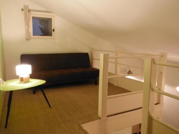 Hotel Pictures: L'univert De Terre, Le Thor