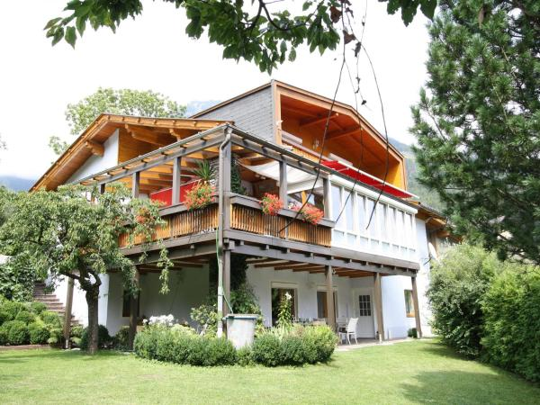 Foto Hotel: Apartment Schmitzer, Mühldorf