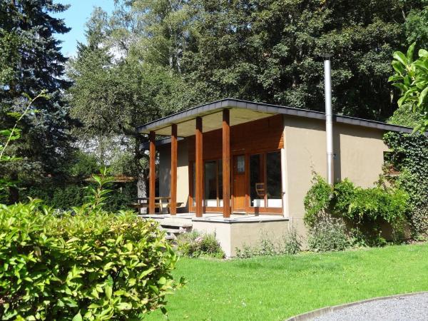 Hotel Pictures: Chalet Oasis Verte, Comblain-Fairon