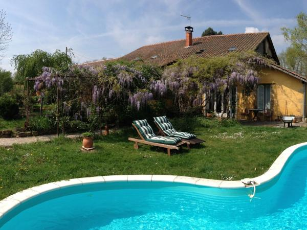 Hotel Pictures: Holiday home Domaine A Marmande, Berdoues