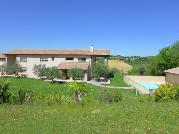 Hotel Pictures: Maisons De Vacances 12 - Sainte-Camelle, Mézerville