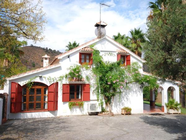 Hotel Pictures: Holiday home La Trocha, Monda