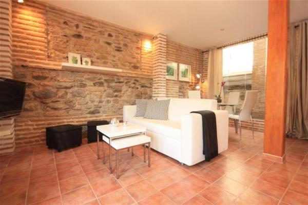 Hotel Pictures: Friendly Rentals Benedetti I, Monachil