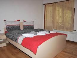 Hotellikuvia: Guest House Shareniya Most, Trigrad