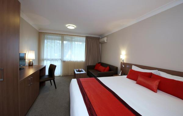 Deluxe Guest Room - Peninsula Nelson Bay 4 Stars