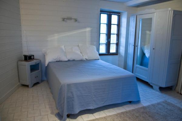 Hotel Pictures: Appartement rue des Breques, Courseulles-sur-Mer
