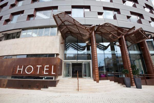 Hotel Pictures: Hotel MasMonzon, Monzón