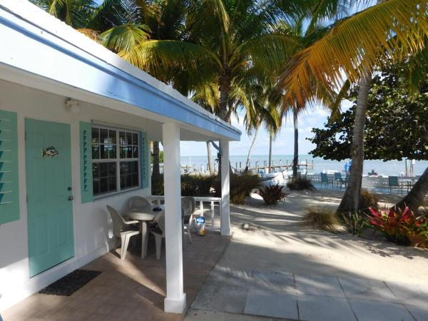 Deluxe Oceanfront Cottage Style Room