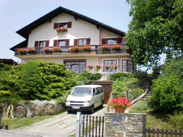 Foto Hotel: Haus Sundl - Privatzimmer, Emmersdorf an der Donau