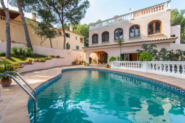 Hotel Pictures: Villa Costa D´en Blanes, Costa den Blanes