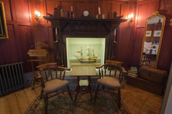 Hotel Pictures: 1777. At The Albion, Wimborne Minster