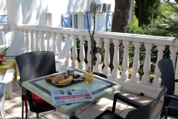 Hotel Pictures: , Clermont-l'Hérault