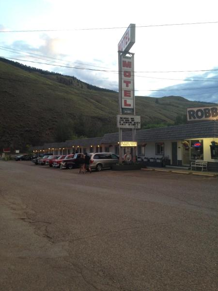 Hotel Pictures: Robbie's Motel, Cache Creek