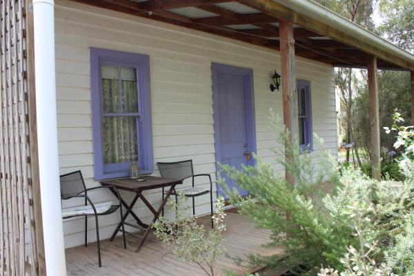 Hotel Pictures: Elinike Guest Cottages, Echuca