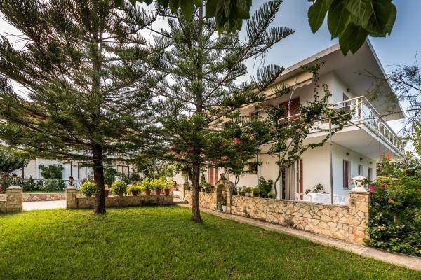 Апартаменты в Кипсели на берегу моря цены
