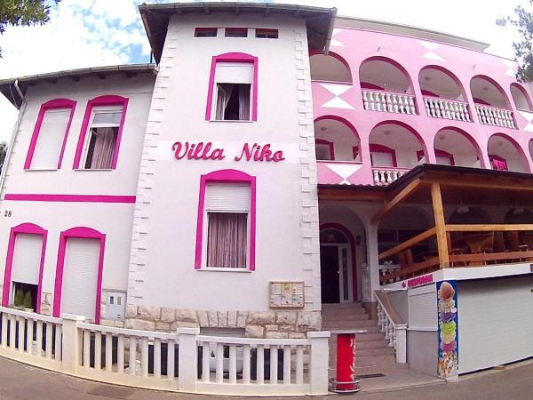 Fotos do Hotel: Guesthouse Villa Niko, Dramalj