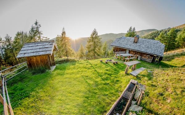 Hotelbilleder: Unterkircher Hütte, Arriach