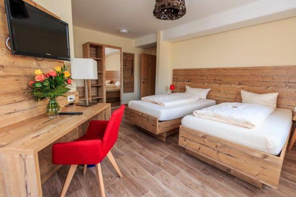 Hotel Pictures: Landhotel Gary, Wolframs-Eschenbach