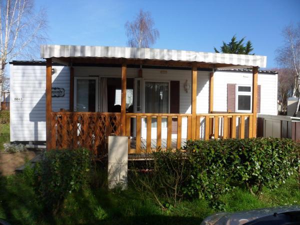 Hotel Pictures: Mobil home Cote de Lumiere - Camping Le Bois Masson, Saint-Jean-de-Monts
