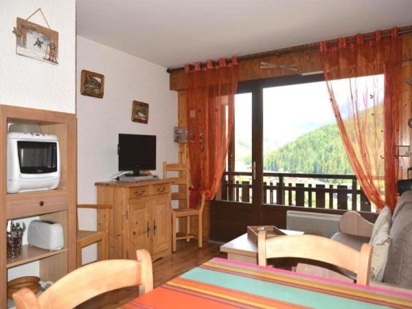 Hotel Pictures: Rental Apartment Arolles - Le Grand-Bornand, Le Grand-Bornand