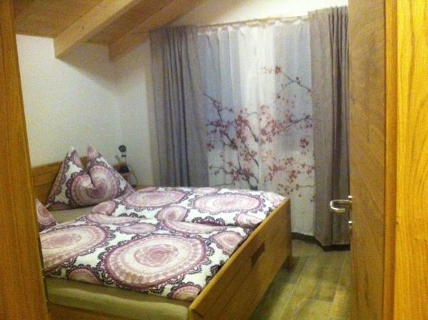 Foto Hotel: Haus Ebner, Lienz