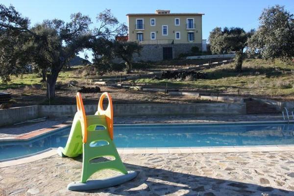 Hotel Pictures: Cortijo El Criadero, El Hoyo