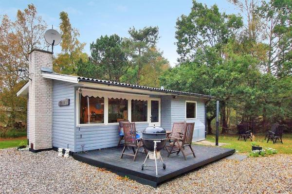 Hotel Pictures: Hadsund Holiday Home 486, Helberskov