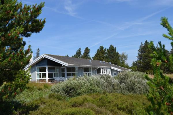 Hotel Pictures: Rømø Holiday Home 439, Kongsmark