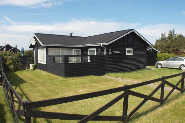 Hotel Pictures: Løkken Holiday Home 148, Furreby