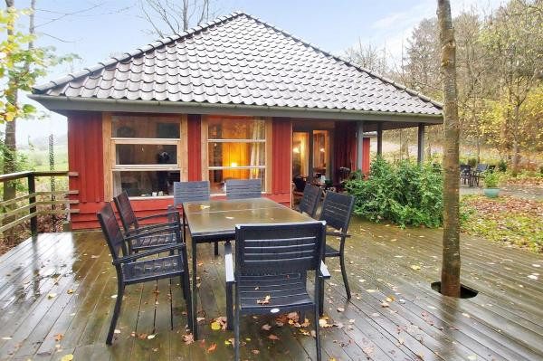 Hotel Pictures: Asperup Holiday Home 656, Asperup