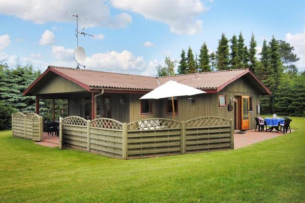 Hotel Pictures: Farsø Holiday Home 461, Ertebølle