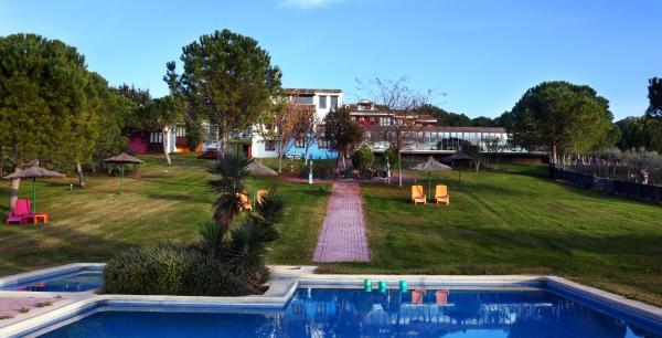 Hotel Pictures: , Belvis de la Jara
