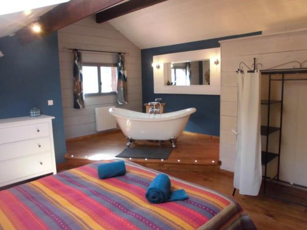 Hotel Pictures: La Sauvanière, Menée