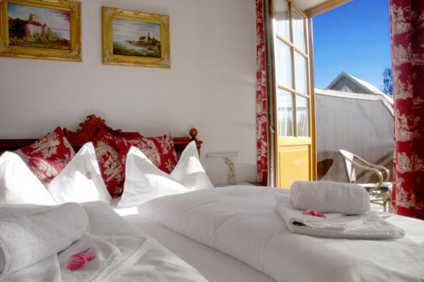Hotel Pictures: Hotel Viktoria, Meersburg