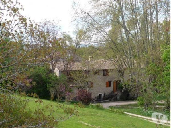 Hotel Pictures: , Forcalquier