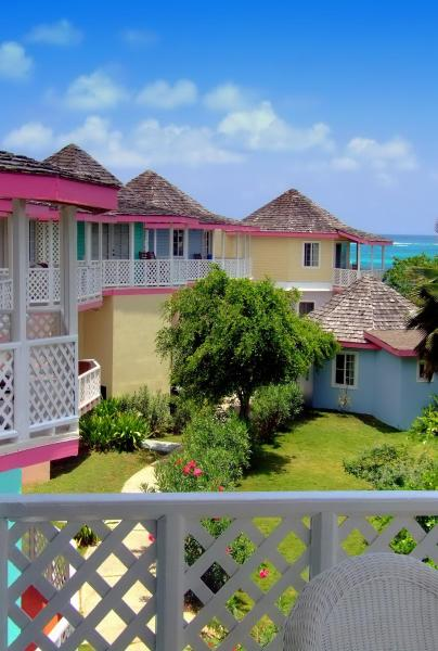 Fotos do Hotel: Arawak Beach Inn, Island Harbour