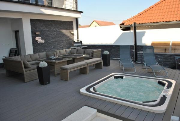 Hotel Pictures: Villa Star House, Hevlín
