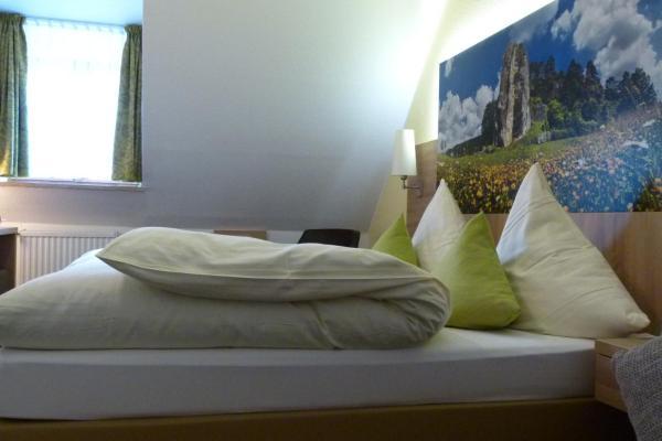 Hotelbilleder: Hotel-Gasthof zur Sonne, Pappenheim