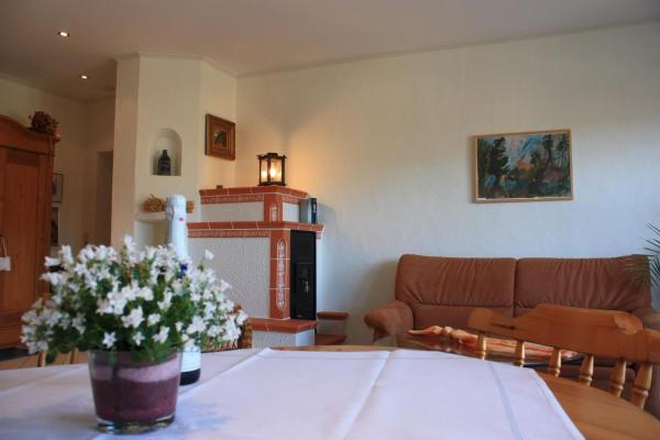 Hotel Pictures: Apartment Kaminstube, Lieser