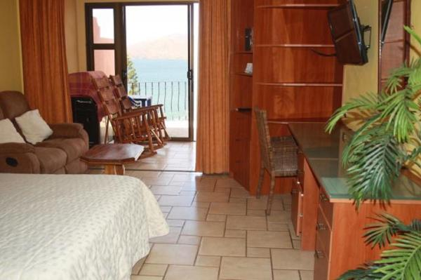 Hotel Pictures: Marina Resort 202, Playa Flamingo