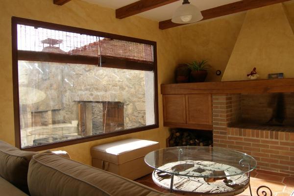 Hotel Pictures: Casa Rural El Zahorí De Pinedas, Pinedas