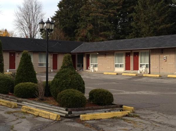 Hotel Pictures: Lotus Motel, Cobourg