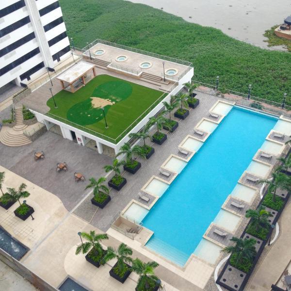Hotel Pictures: Departamento en Edificio Bellini 2, Guayaquil