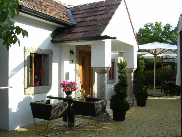 Hotellikuvia: Romantik Chalet, Breitenbrunn