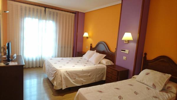 Hotel Pictures: , Puebla de Sanabria
